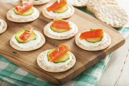salmon cucumber on crackers